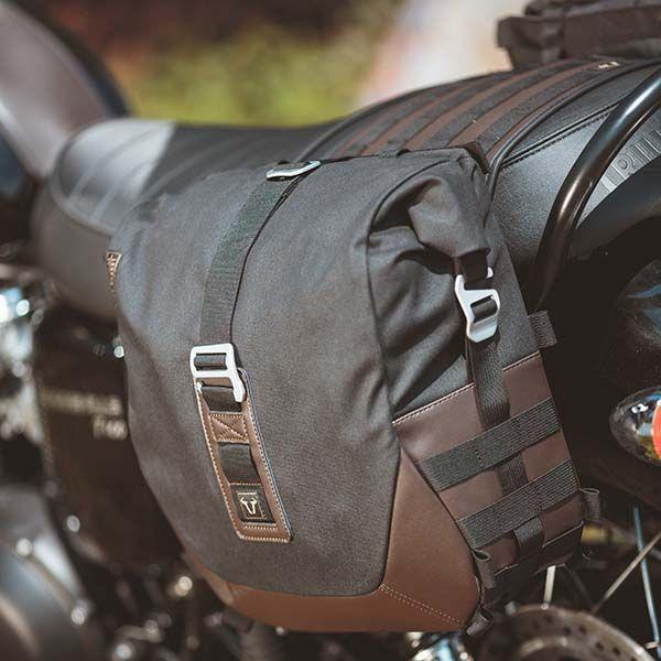 Most Beautiful Scrambler Saddlebag Available Ls1 Ls2 Legend Gear By Sw Motech Germany Satteltasche Motorrad Triumph Scrambler