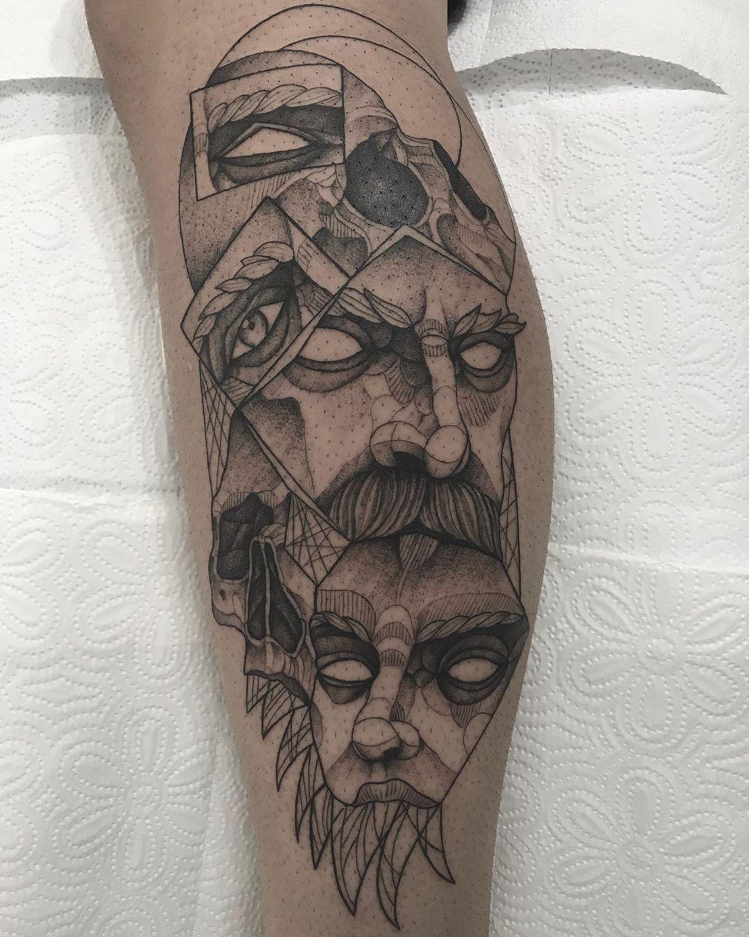#tattoo #tattoos #drawing #tattoodrawings #tattoodo #tattooline #tattoodesign #tattoodesigns #tattoodesigner #tattooartist #tattoomodell #tattootime #tattoomagazine #tattooman #skulltattoo #blackworktattoo