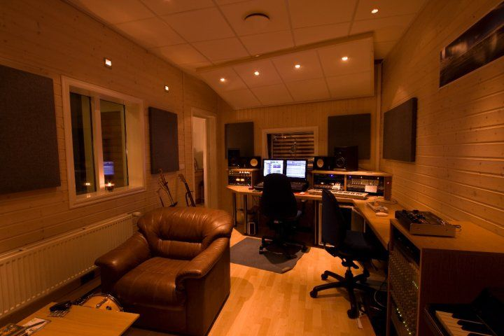 If This Was My Home Studio, I Would Never Leave.