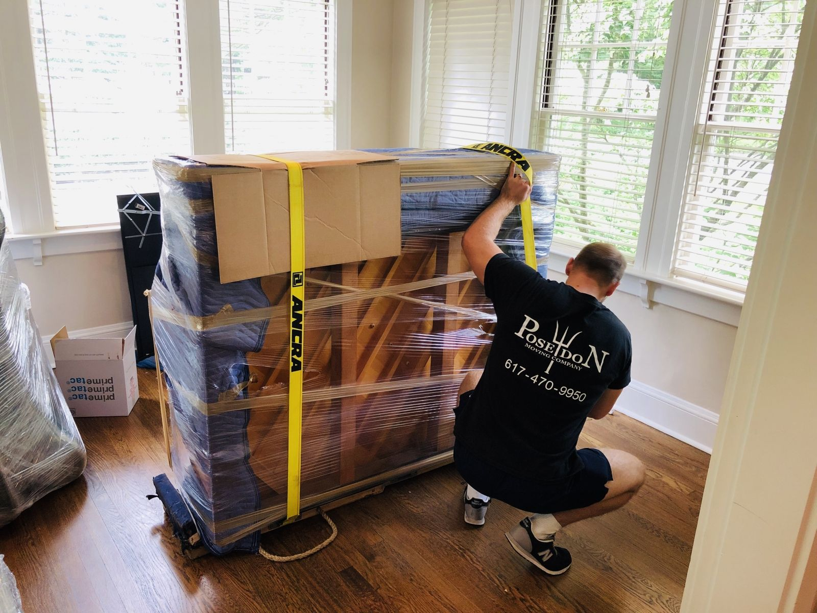 Commercial And Residential Movers Dc To Nyc Movers In 2020 Cheap Storage Storage Spaces Storage Unit