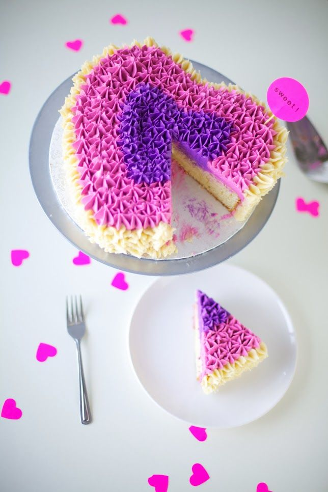 Sussudio: 1980s Satin Ruffle Pillow Inspired Valentine's Day Heart Cake! | Coco Cake Land