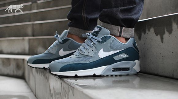 the latest 3d3a1 92848 ... Nike Air Max 90 Essential - Aviator GreyWhite-Space Blue ...