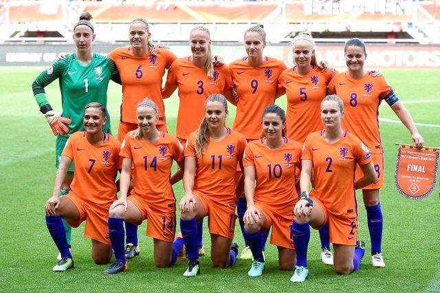Selección De Holanda Femenina Contra Dinamarca 06 08 2017 Campeona De Europa Equipo De Fútbol Futbol Femenino Futbol Femenil