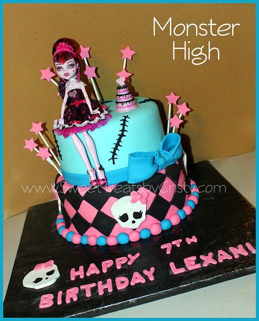 Surprising Monster High Cake With Images Monster High Birthday Monster Personalised Birthday Cards Veneteletsinfo