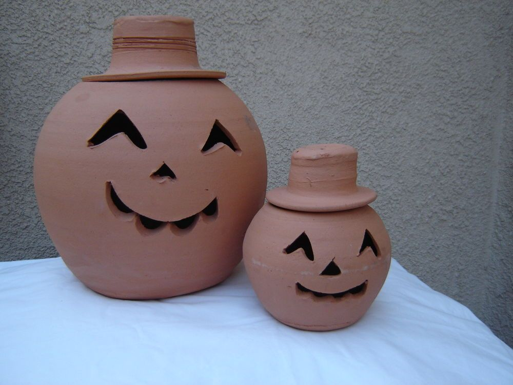 Hewell S Pottery Ga Halloween Jack O Lantern Unglazed 2 Pair Terracotta Pumpkins Halloween Jack O Lanterns Jack O Lantern Halloween Jack