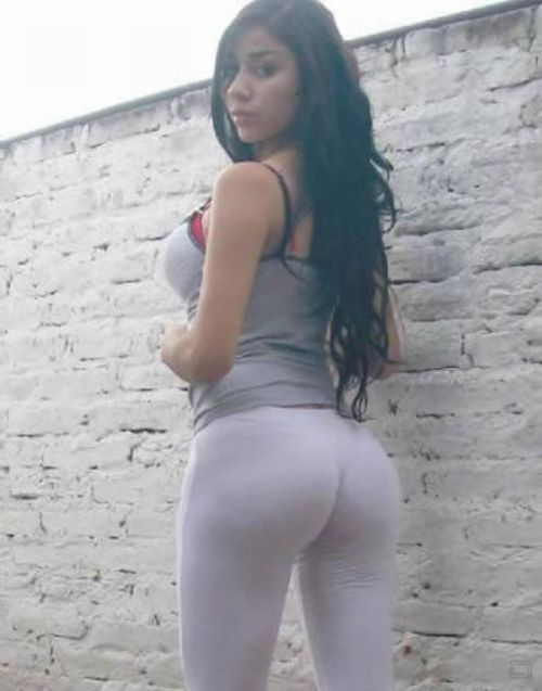 Big Botty Teen In Tight Yoga Pants Stretching Her Hot