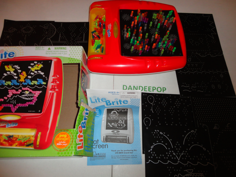 Hasbro Lite Brite Red Flat Screen w/ 9 picture sheets unused Works find me at www.dandeepop.com