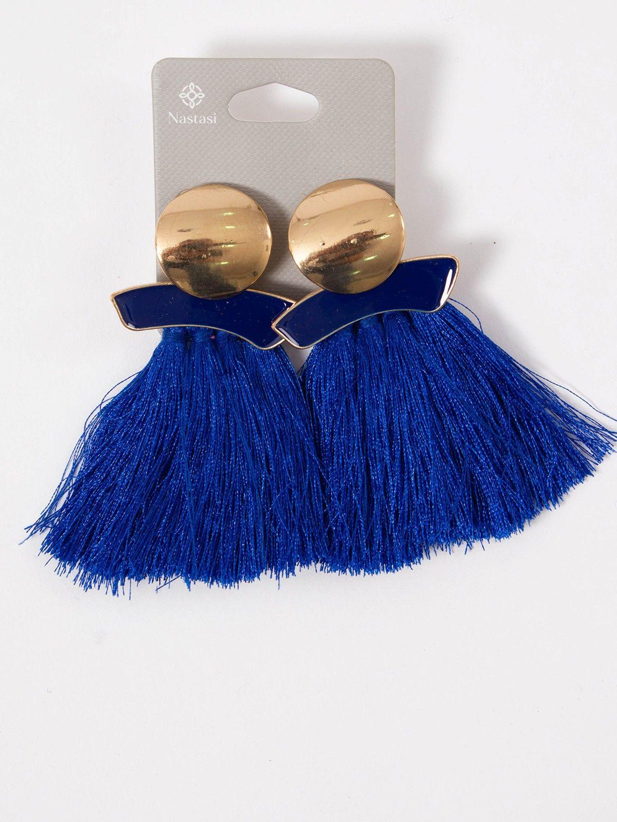 854c92fc4b07 Pendiente Milán - Pendiente Pompon Azul klein y detalle dorado. Cierre a  presión - Pendientes