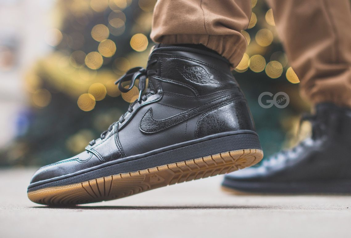 nike air jordan retro high og black gum trees