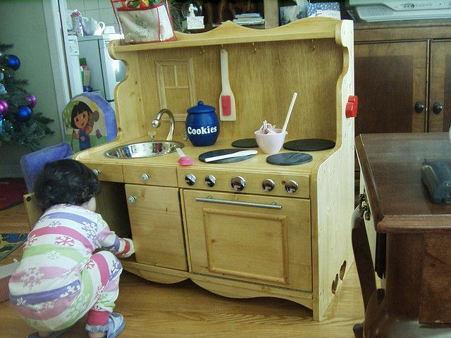 This play kitchen is really quite adorable
