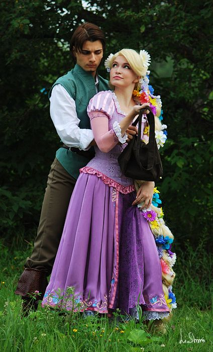 Tangled I Ve Had Seen People Dressed Up In Disney Like This Rapunzel Cosplay Tangled Cosplay Couples Cosplay