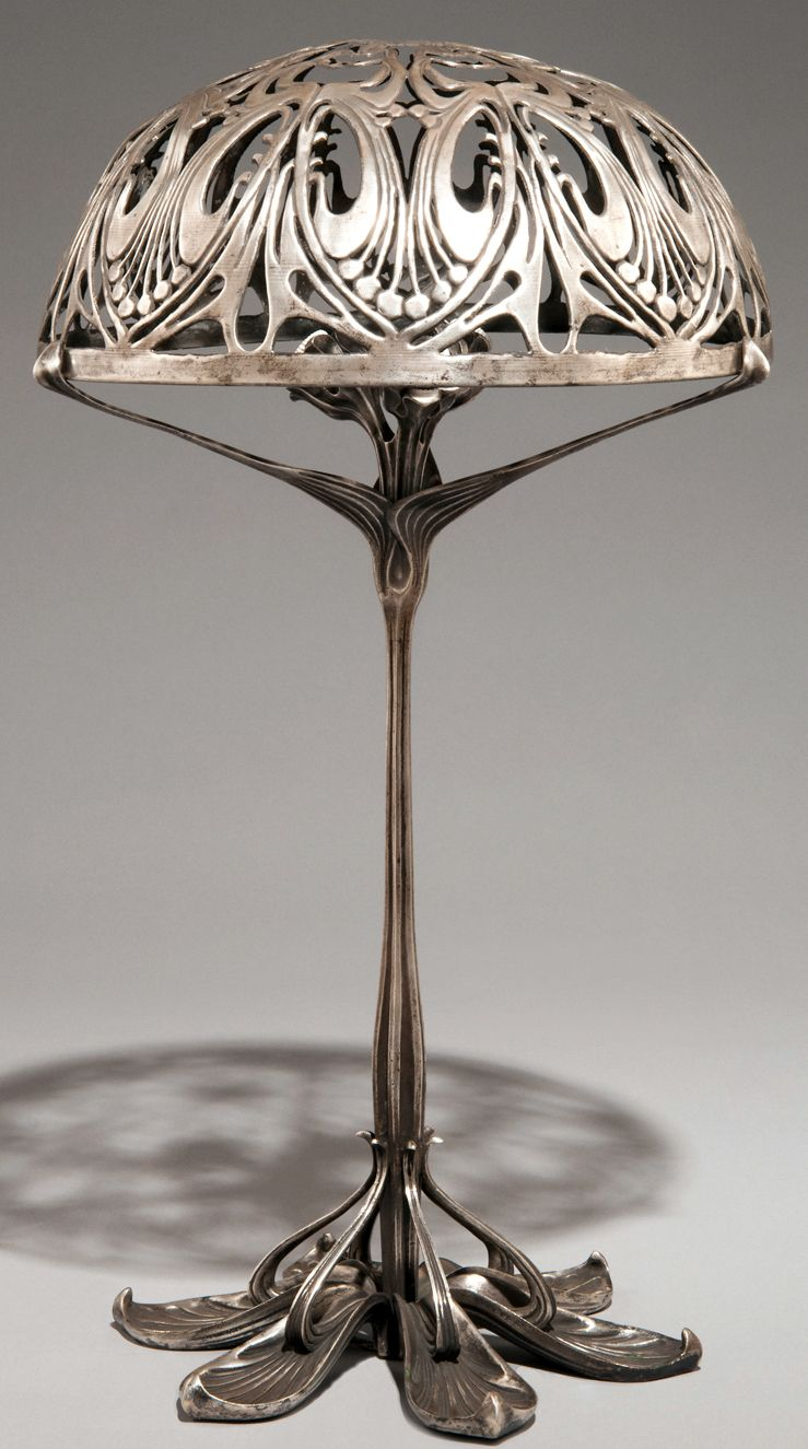 art nouveau lampe bronze argent et patin paul. Black Bedroom Furniture Sets. Home Design Ideas