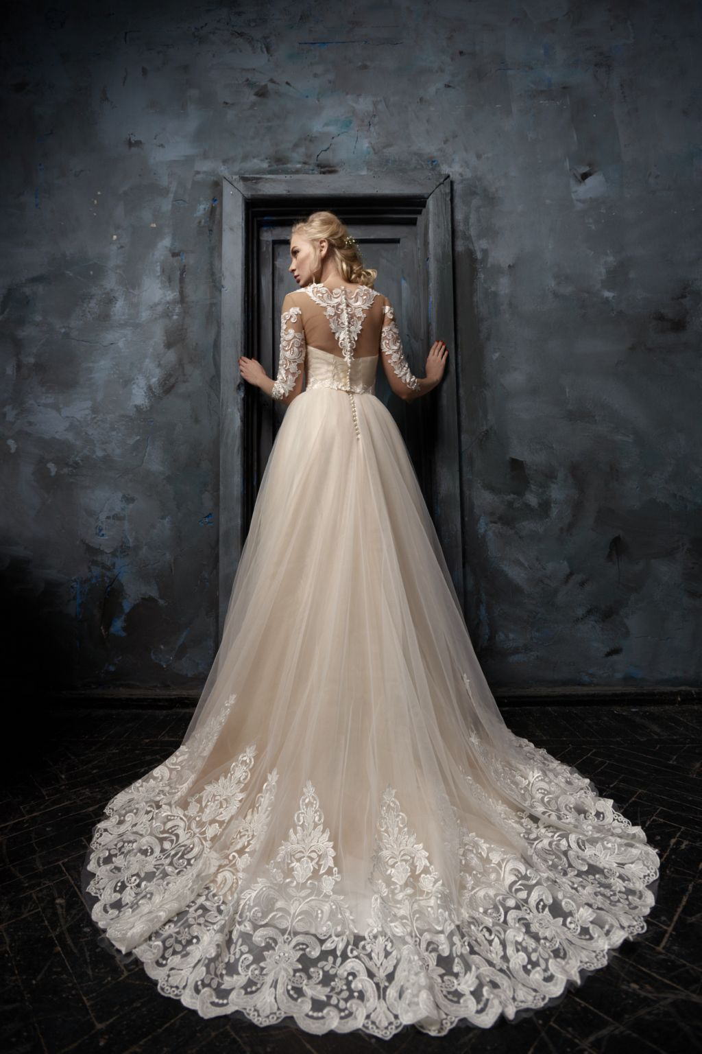 Wedding dress ludmila lace wedding dress long train dress