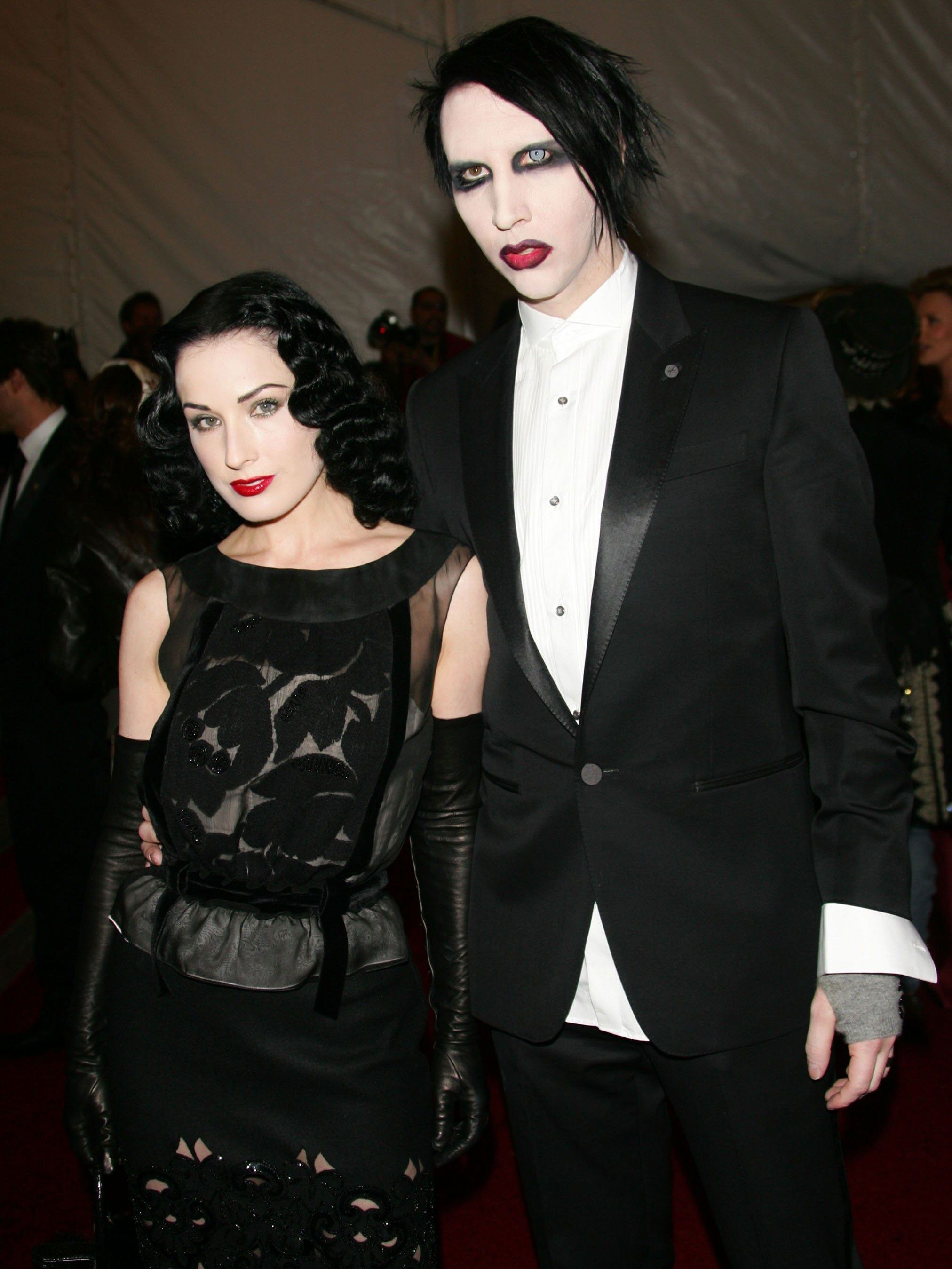 16 Beauty Risk Takers Who Ruled The Met Gala Red Carpet Marilyn Manson Dita Von Teese Celebrity Couple Costumes