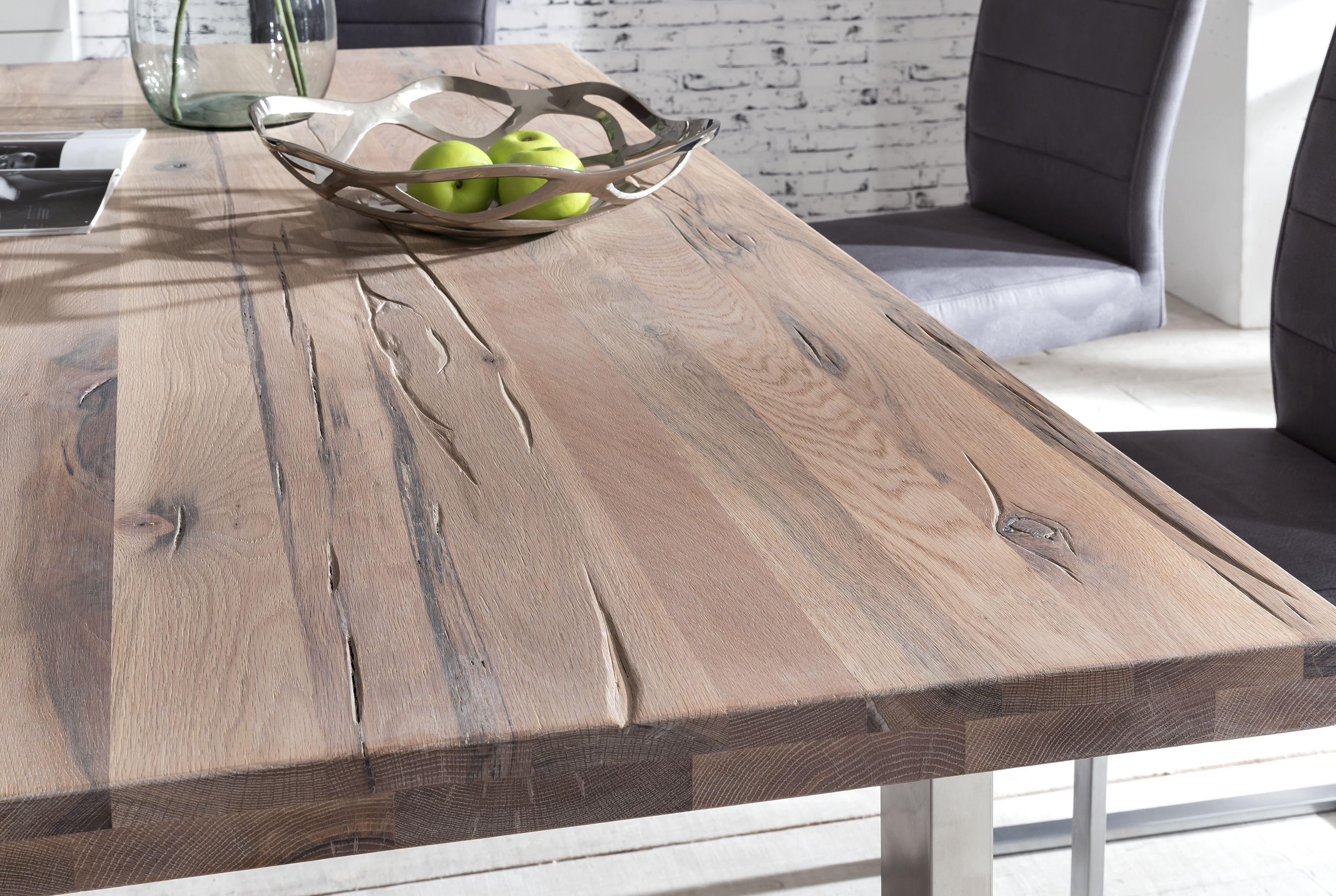 Tischplatte Aus Balkaneiche Weiss Gekalkt Bei Comnata Esstisch Finden Sie Weitere Wohnideen Und Einrichtungsideen Fur Esstisch Esstisch Holz Massiv Tisch