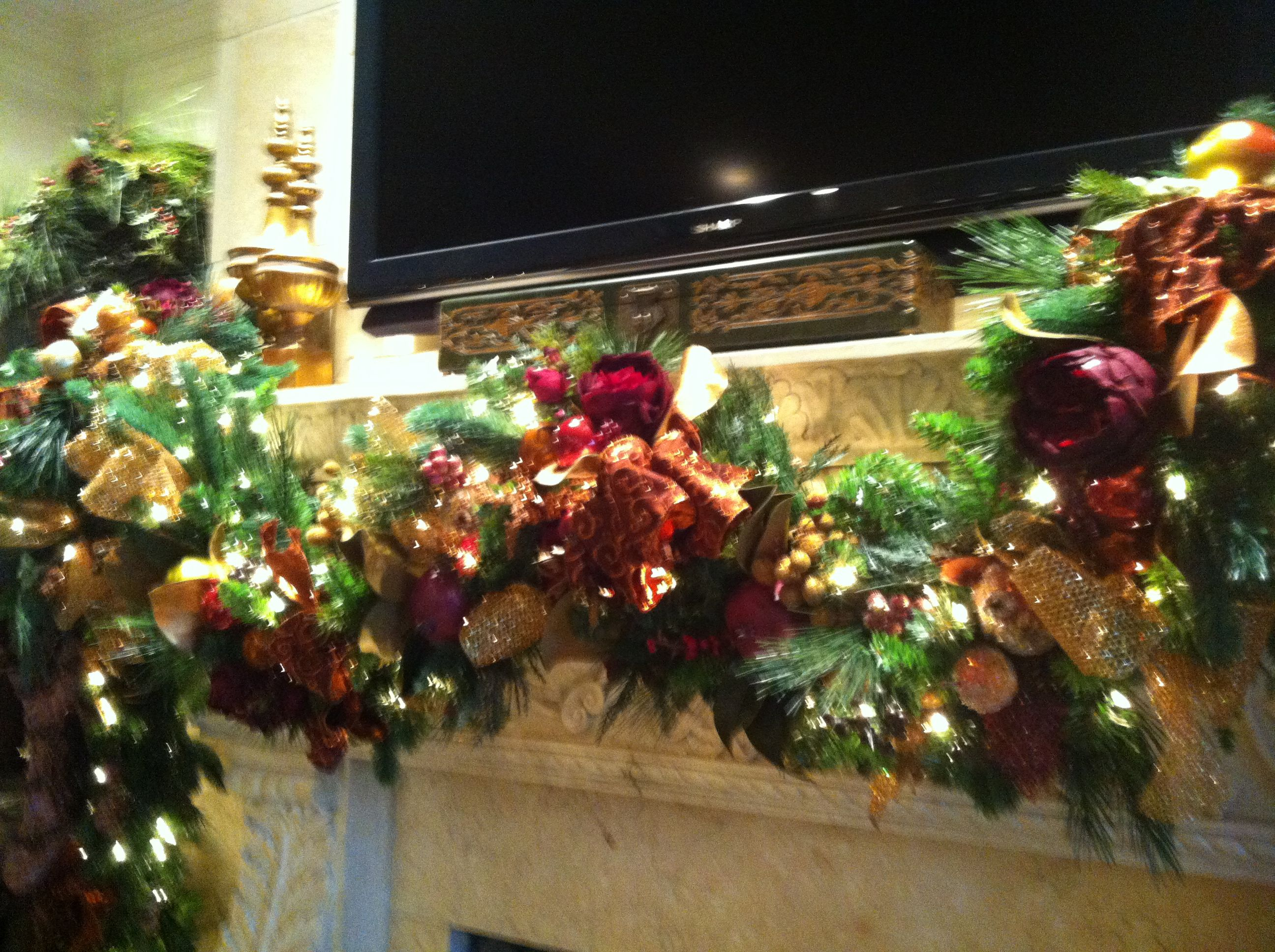 amazing kitchen christmas garland | Kitchen garland with beaded fruit, Williamsburg fruit with ...