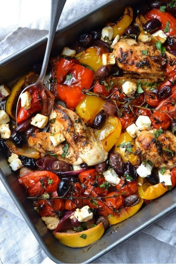 this CHICKEN | GREEK CHICKEN TRAYBAKE is so yumm!! You must see the complete recipes.