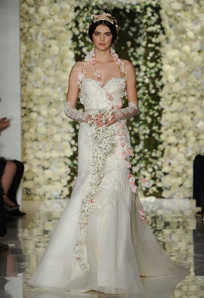 3f18fcdbfae Sweetheart Fit-n-Flare Wedding Dress | Reem Acra Wedding Dresses Fall 2015  | Maria Valentino/MCV Photo | Blog.theknot.com