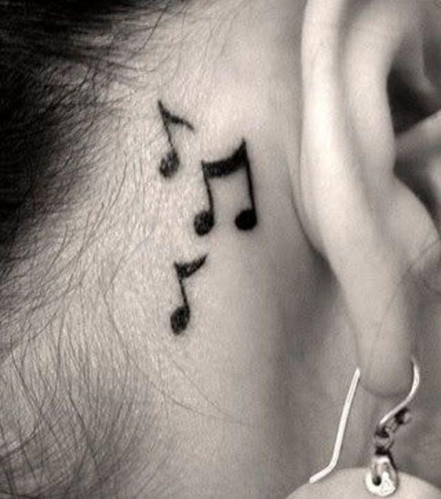 Tatouage de notes de musique derri re l 39 oreille tatouages minimalistes discret et tatouages - Tatouage derriere oreille douleur ...