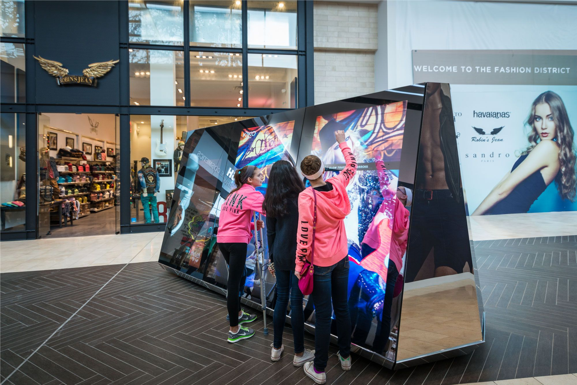 Introducing Digital Storefronts at Garden State Plaza