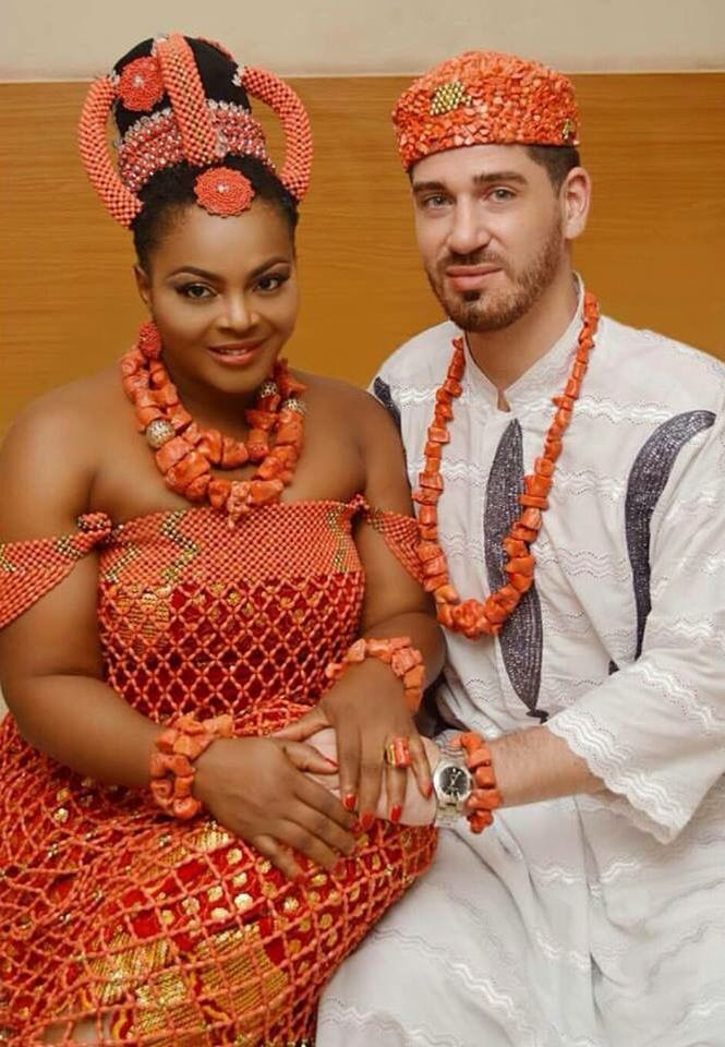 ιgвσ вяι∂є Trinidad carnival, Traditional wedding attire