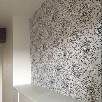 狭くてもおしゃれに見せるちょっとのコツ 賃貸マンションの 玄関 インテリア 壁紙 張り替え インテリア 壁紙