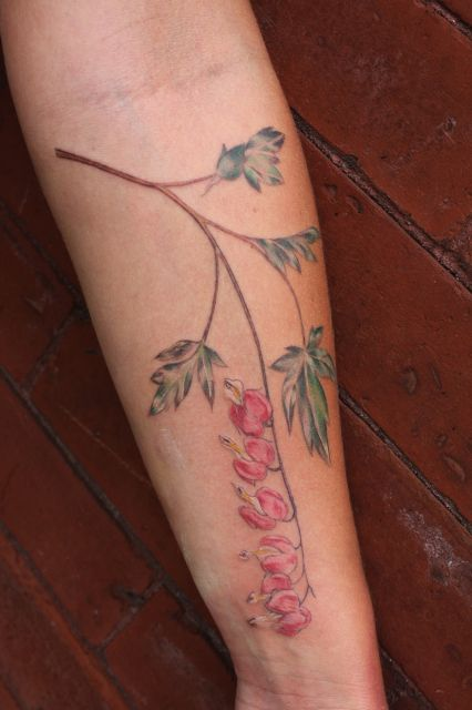 Clio Reese Sady | Icon Tattoo. Something like this would look nice on my forearm.