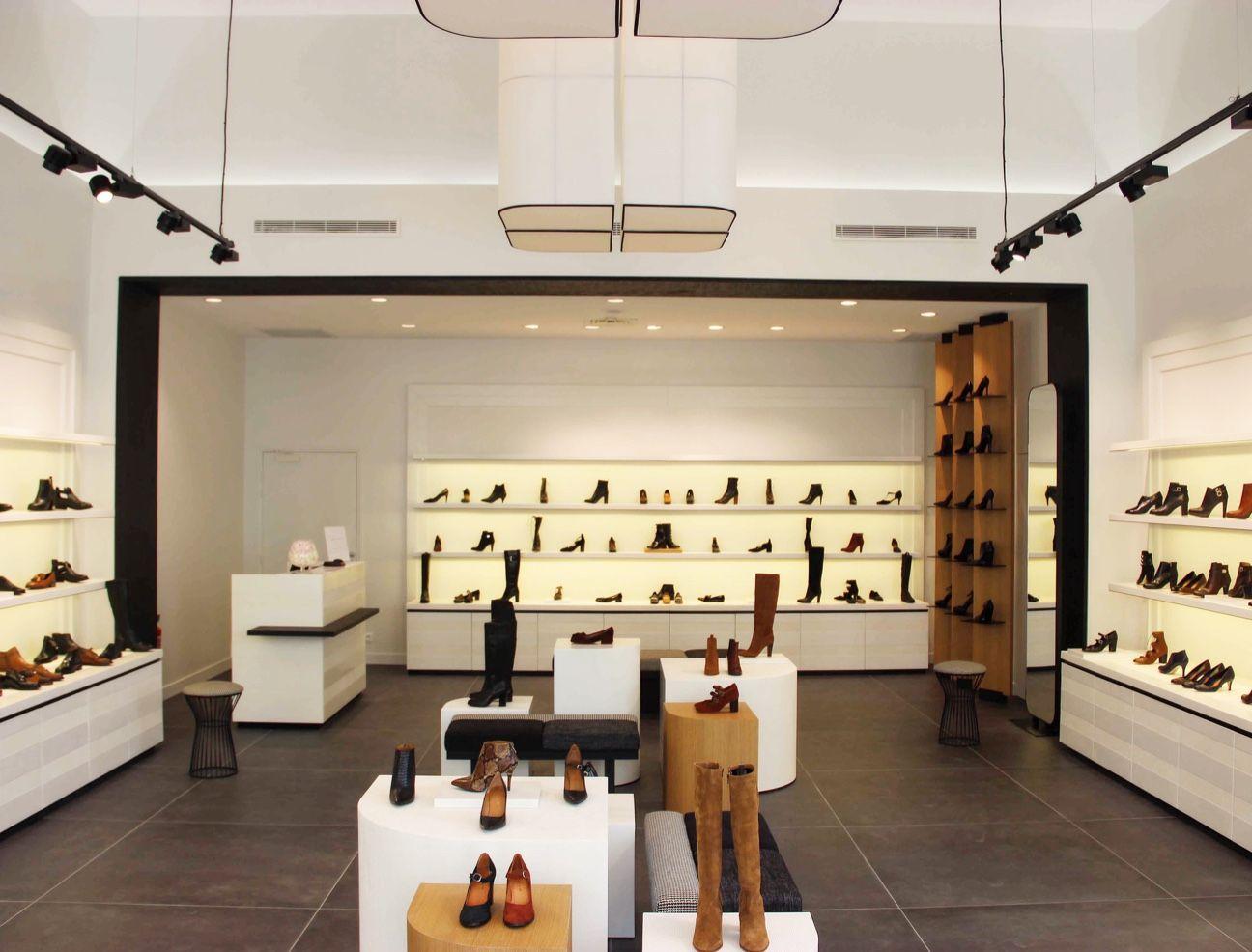 jonak stores nouveau concept jonak pour la boutique du centre jonak stores nouveau concept jonak pour la boutique du centre commercial polygone riviera architecte