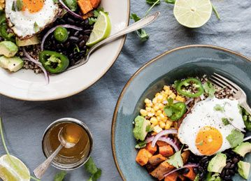 Ever tried a power breakfast bowl? If your answer is 'yes,' then you already know how filling, energizing and downright beautiful they can be. If not, take a look at these 30 creations and get your wheels spinning.