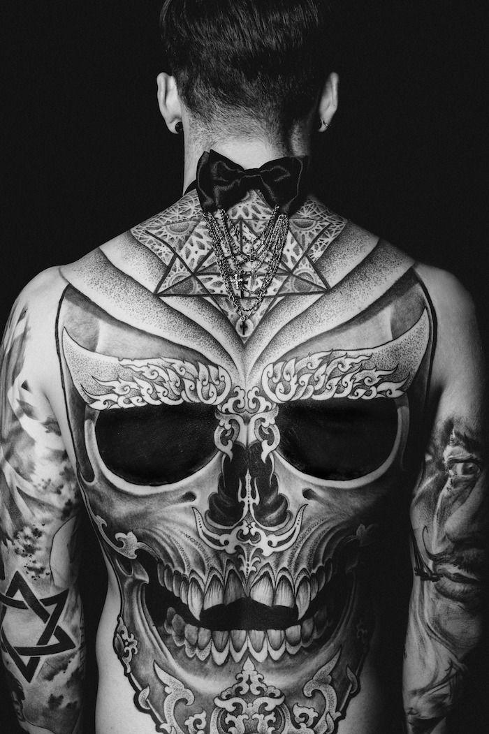 1001 mod les de tatouage homme uniques et inspirants tatouage avant bras tatouage homme et - Le plus beau tatouage du monde ...