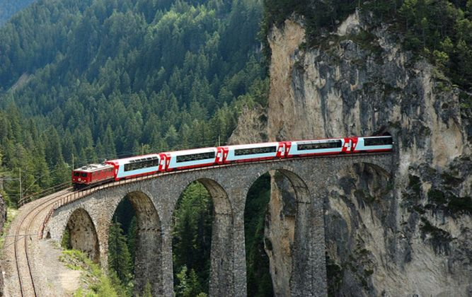 Travel By Train Italy Italy by train package tours italy train and italy travel packages tours italy by train getaway magazine sisterspd