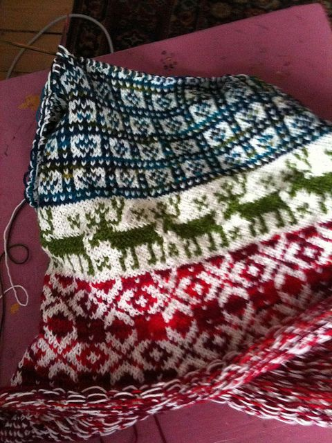 knitted by Pinneguri, one of my favorite knitters