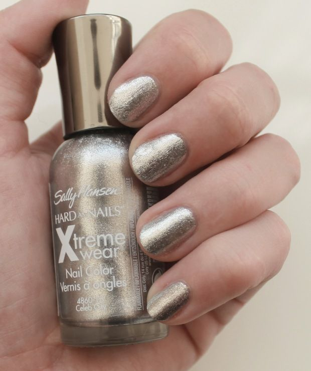 Sally Hansen Xtreme Wear Nail Color Swatches and Review