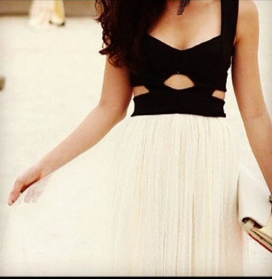 I'd love this with a bright green or deep red skirt instead of white.