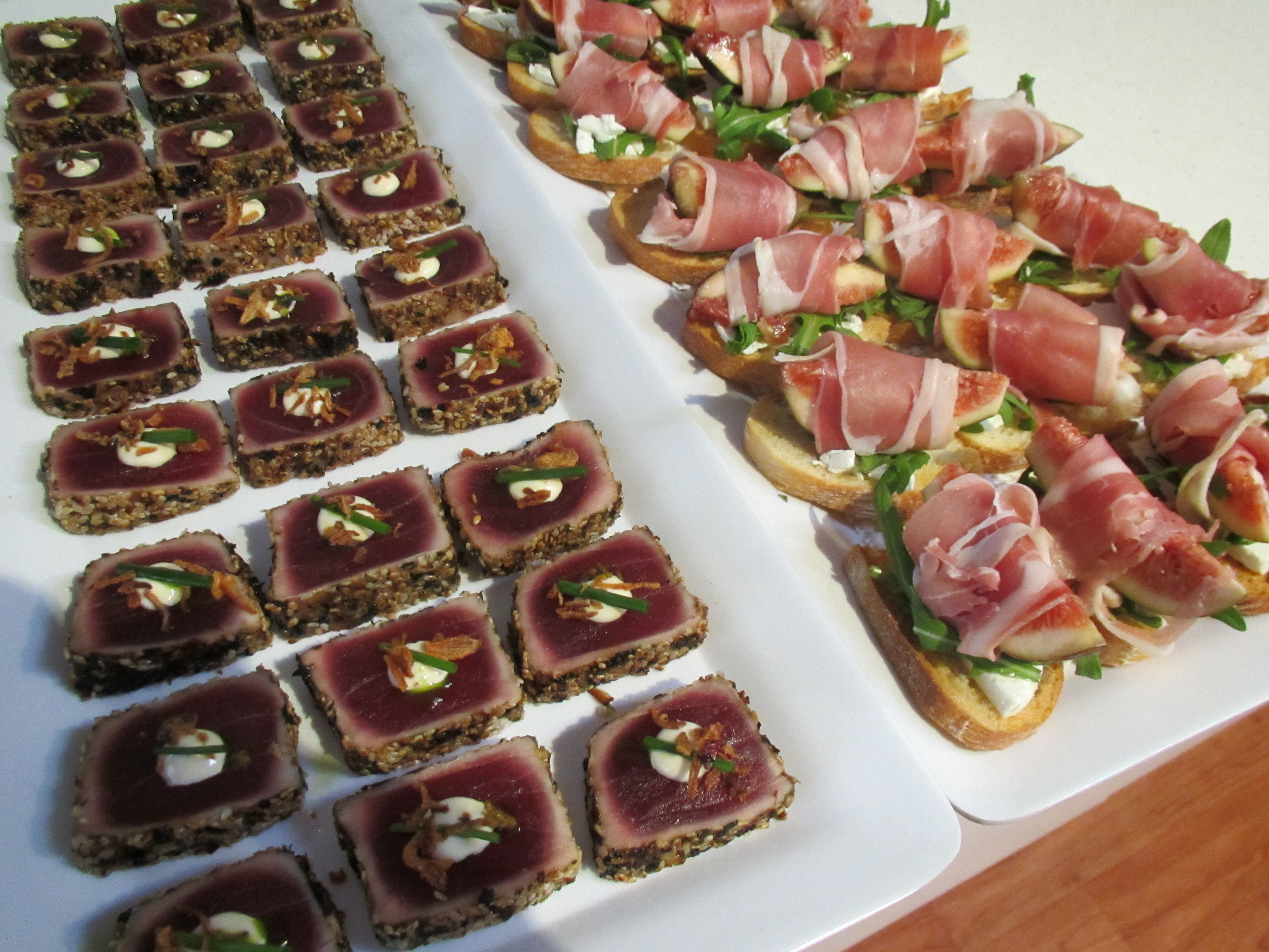 Seared tuna fresh fig with proscuitto yum canape for Summer canape ideas