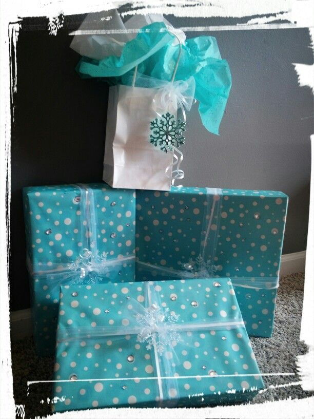Our DIY Disney Frozen Winter Wonderland birthday wrapping, my girls had so much ...