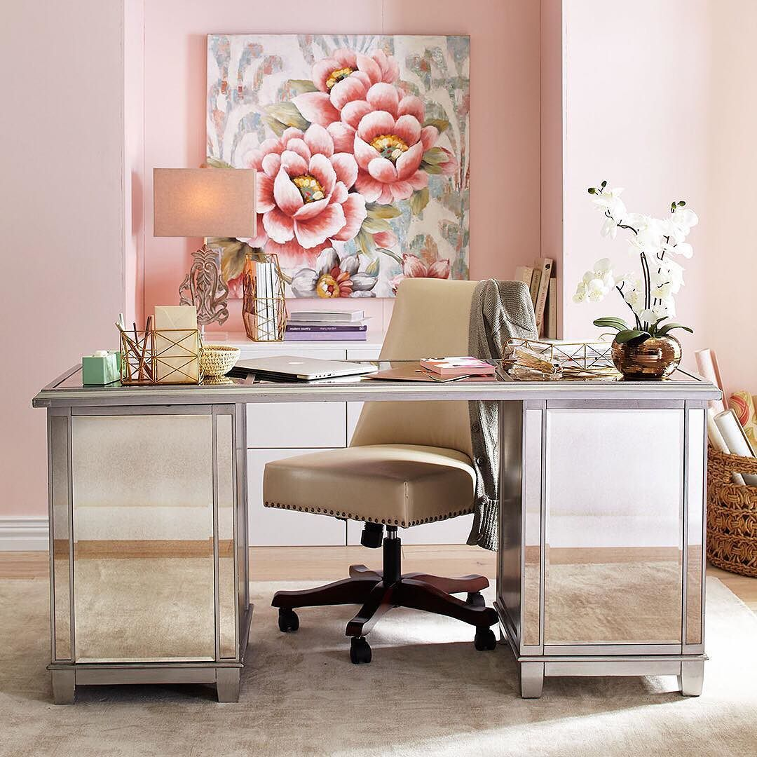 Cozy Homeoffice Decor: We Think Our Hayworth Mirrored Desk Can Make It Look Like