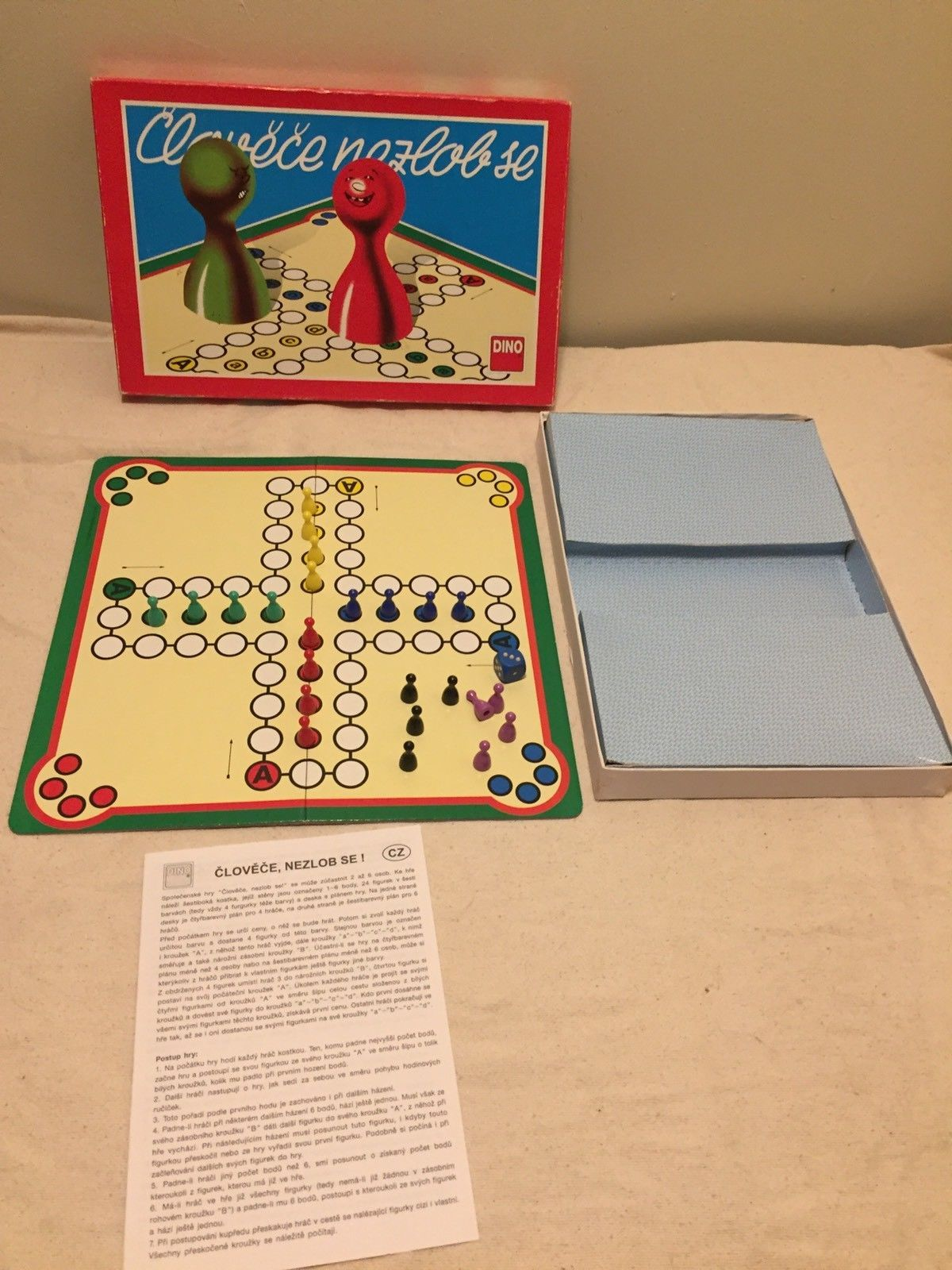 Ludo Vintage Foreign Board Game Czech Republic plete W