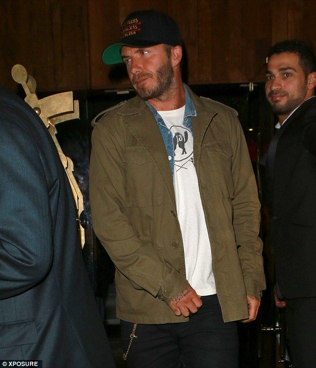 David Beckham goes in Manchester for dinner with grieving ...