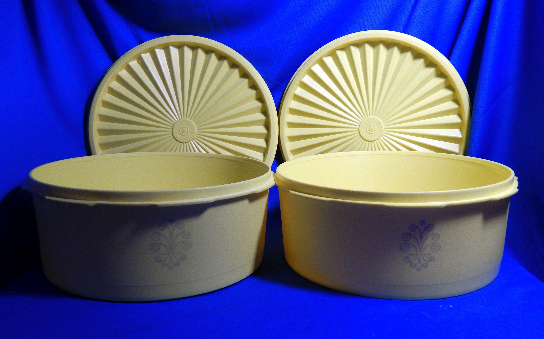 Tupperware Servalier Canisters Set Of 2 Lemon Yellow
