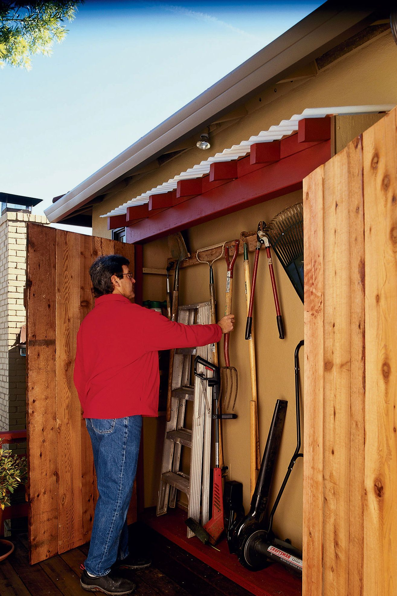 Step By Step Instructions For Building The Shell Backyard Sheds Eaves Storage Garden Tool Storage Backyard garden tool storage