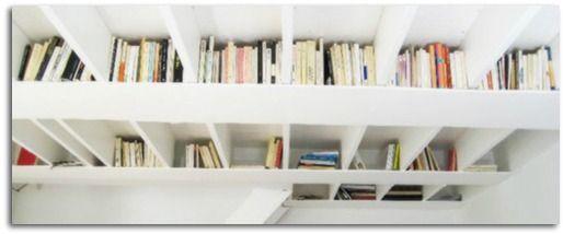 libreria a soffitto!