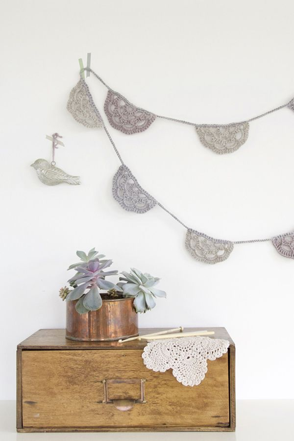 Crochet half circle bunting in muted colours | crochet- ddanzit ...
