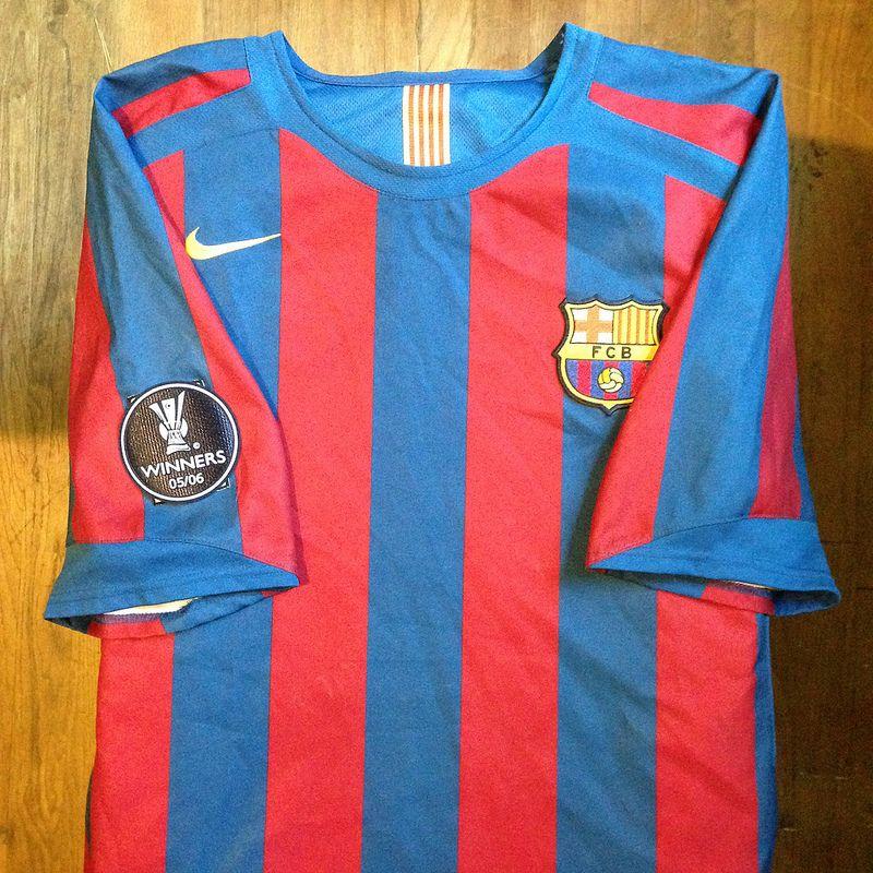 2005-2006 FC Barcelona Home Jersey    Primera equipació del FC Barcelona  per a e26c9ea3d2b