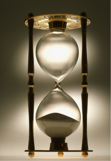 Executive Sand Timer Falling Silicon Crystals Illustrate The Passage Of Time Hourglass Hourglasses Sand Clock