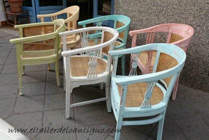 Paso a paso para pintar sillones de colores en estilo shabby chic descapados y hacerles una - Sillones antiguos restaurados ...