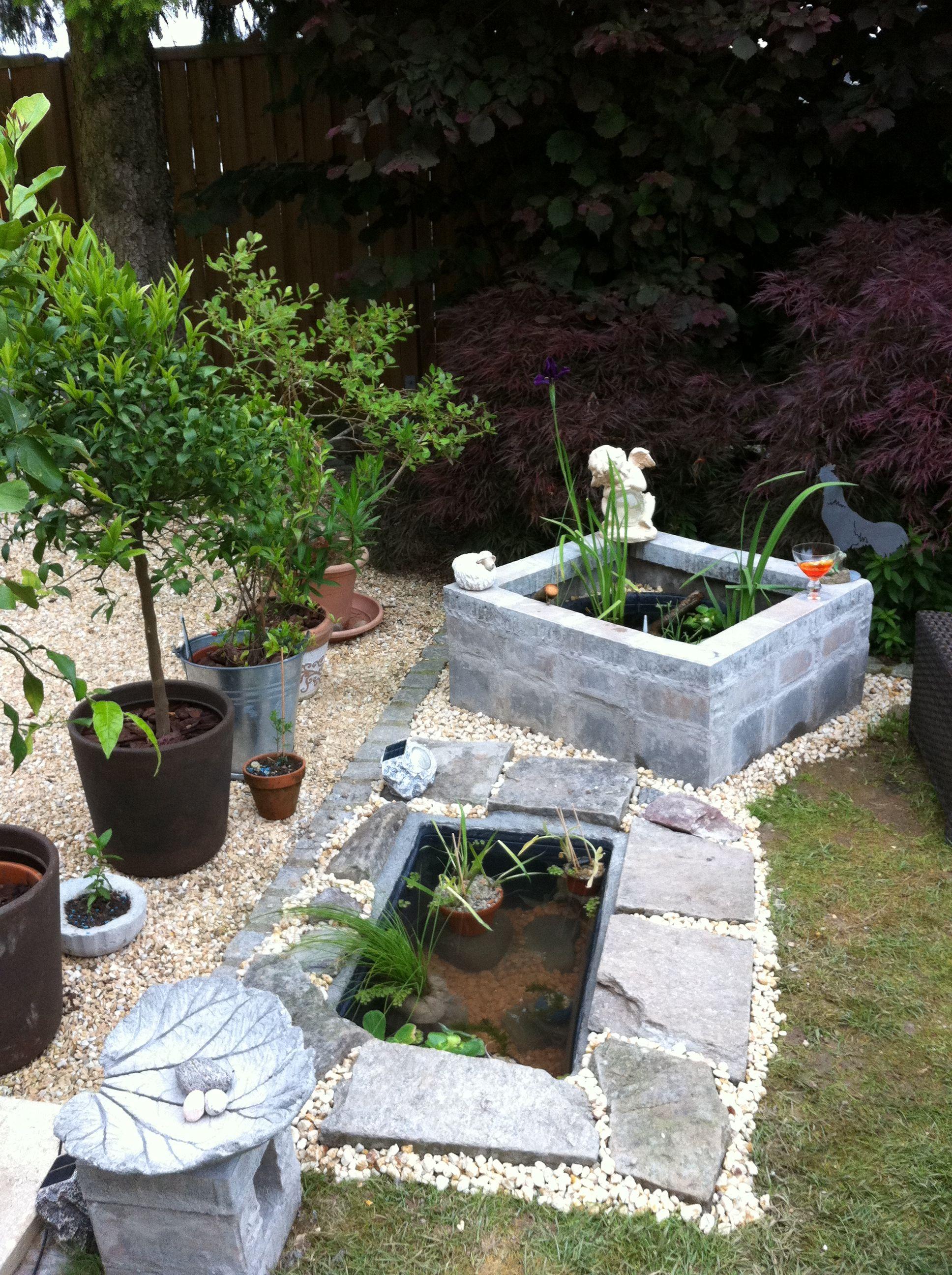 Zwei Varianten mit gnstigen Mrtelwannen selber einen Miniteich im Garten zu bauen Runder