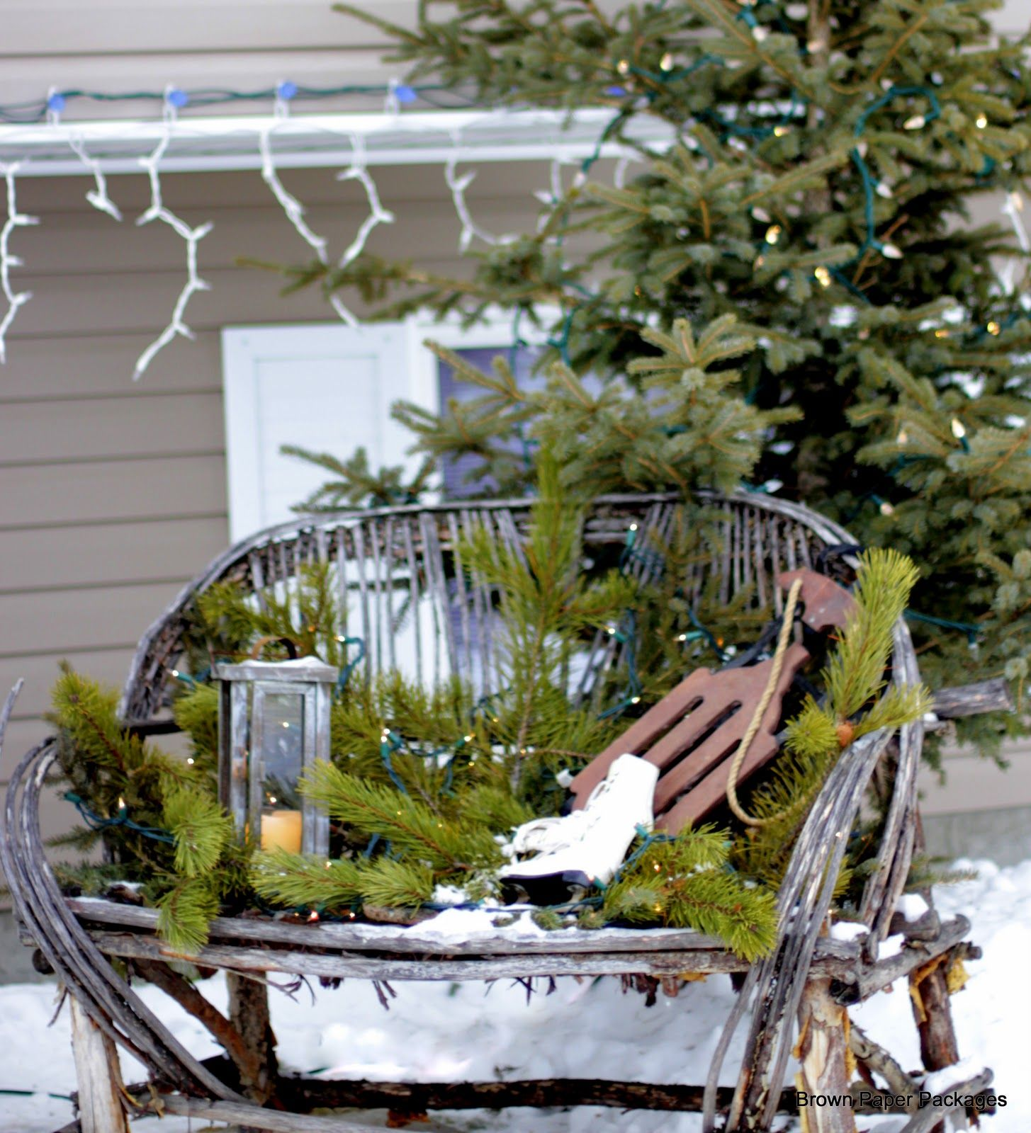 Seasonally Decorated Park Benches Google Search Christmas