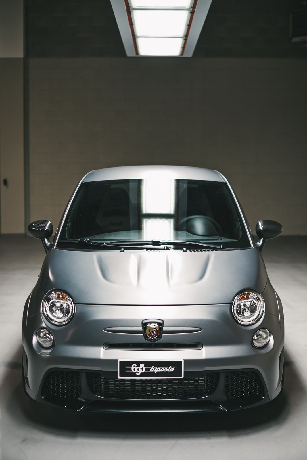 Orders For Abarth S 695 Biposto Far Exceed Production Capacity 70 Photos Carscoops Fiat Cars Fiat 500 Fiat Abarth
