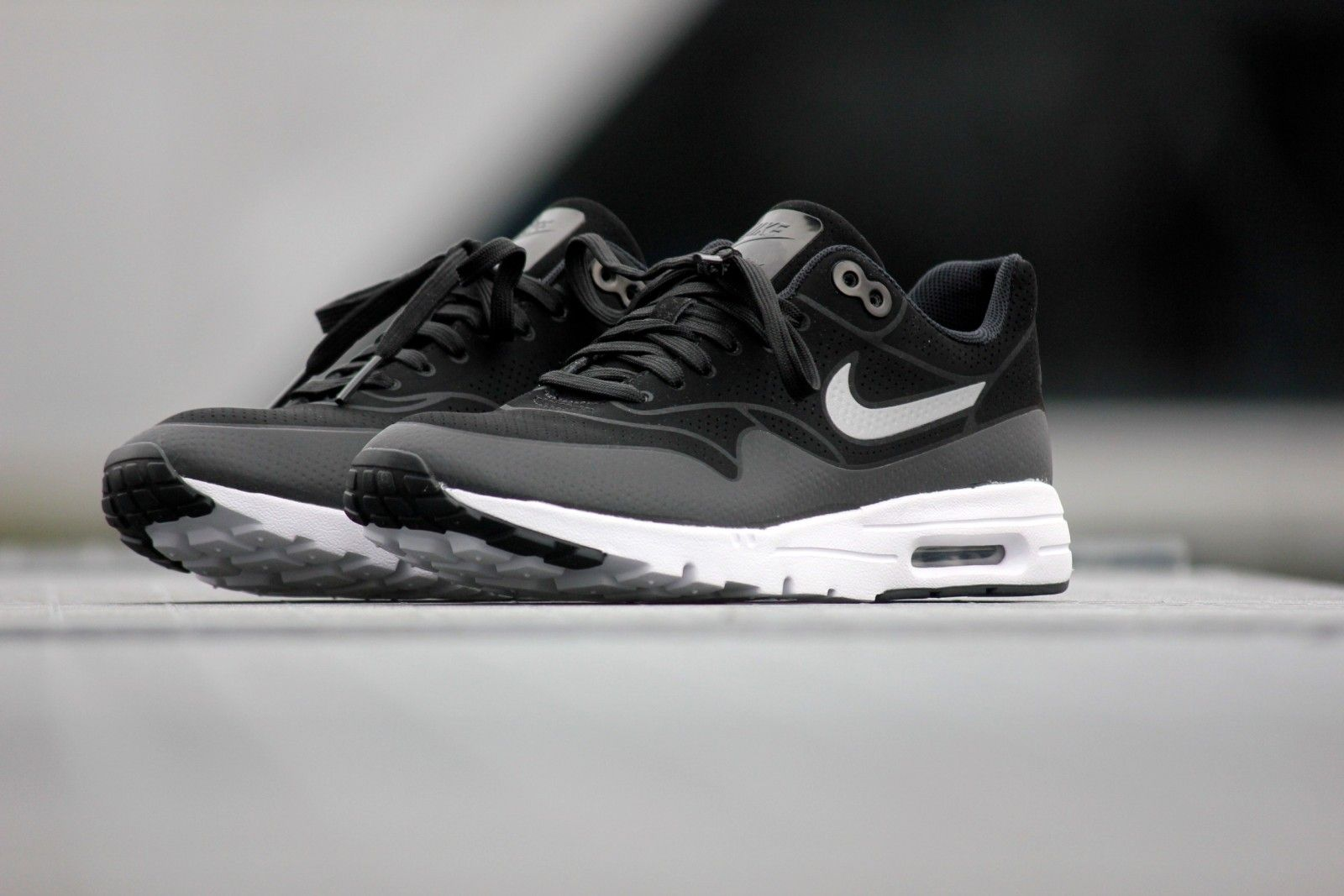 Nike Womens Shoes - Nike Air Max 1 Jacquard Black/Metallic Silver/White D1y7454